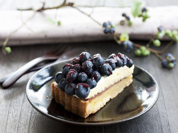 Heidelbeer-Buttercreme-Kuchen