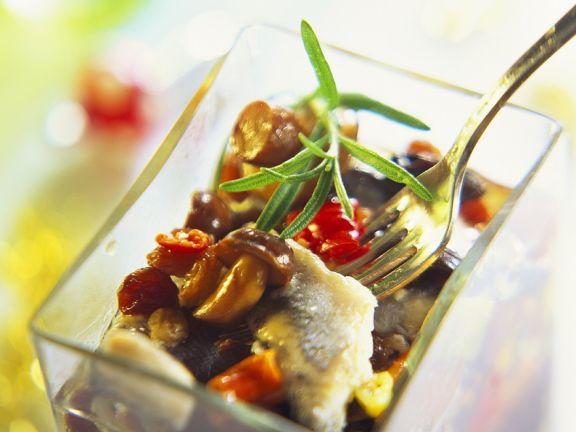 Herings-Pilz-Salat mit Paprika