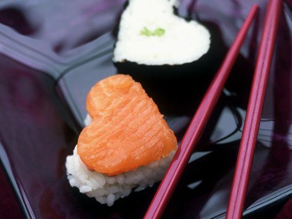 Herzförmige Sushi
