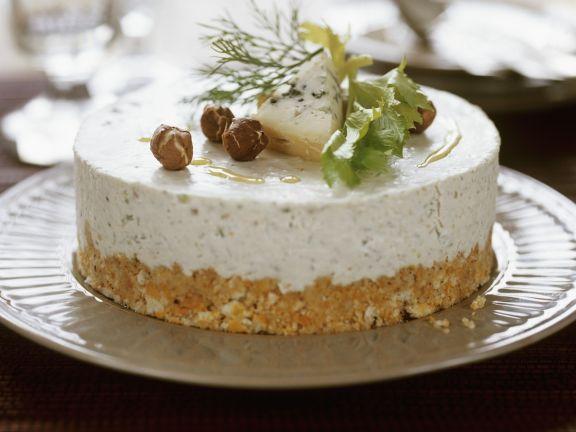 Herzhafter Fischkäse-Haselnuss-Kuchen