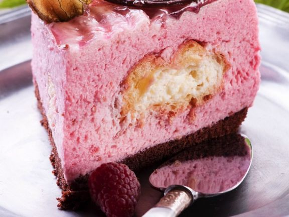Himbeer-Windbeutel-Torte