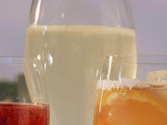 Holunder-Drink