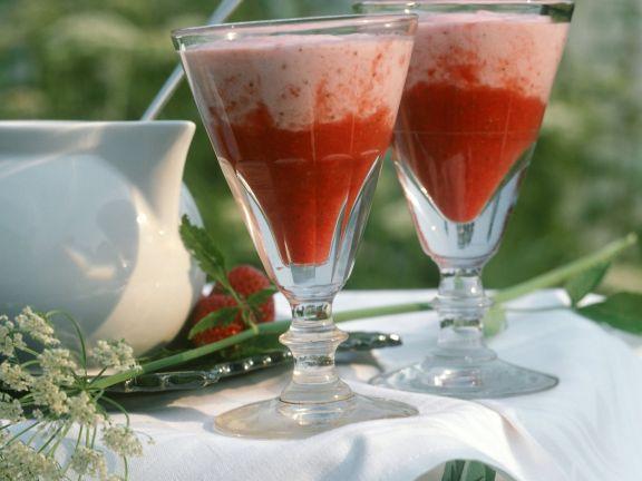 Holunder-Erdbeer-Shake