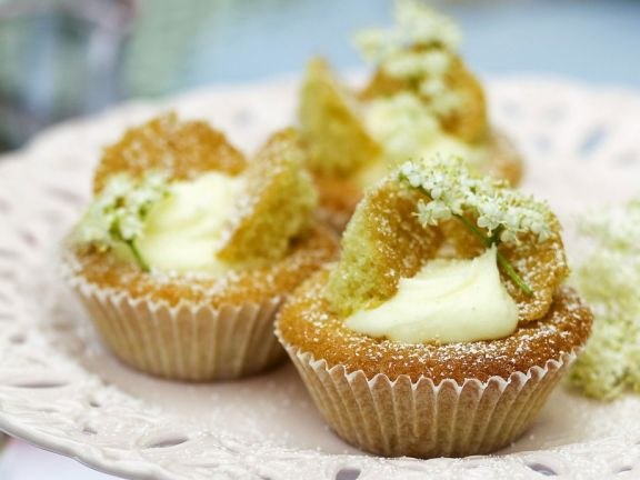 Holunderblüten-Cupcakes Rezept