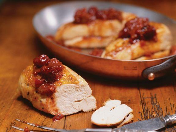 Hühnerbrust mit Rhabarber-Kirsch-Chutney
