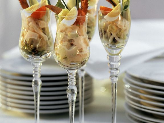 Hummer-Shrimps-Cocktail mit Wachtelei
