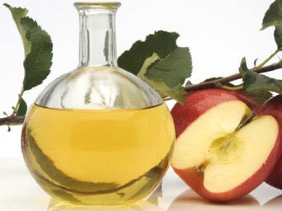 Von einer strengen Apfelessig-Diät ist abzuraten