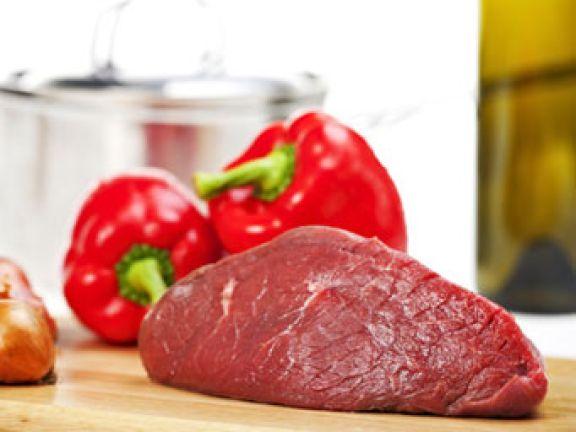 Gehört Fleisch im Kühlschrank ganz nach unten?