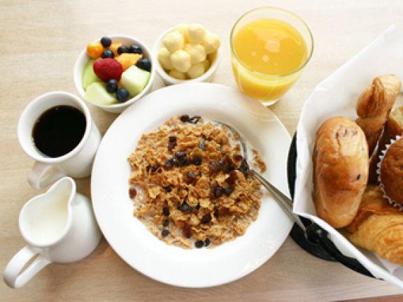 Zügelt ein Frühstück den Appetit?