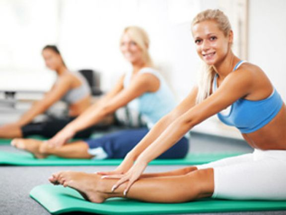Pilates hilft, den Körper sanft zu straffen