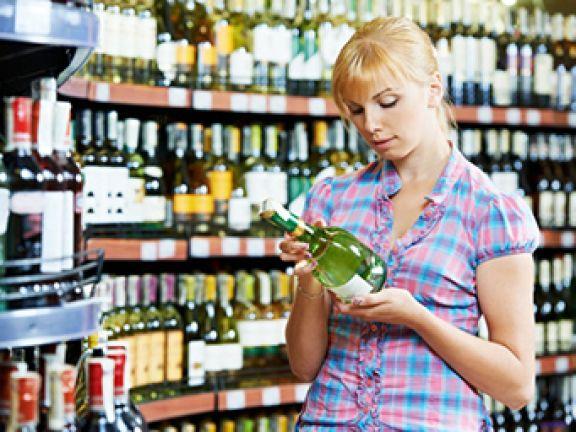 Wer Schaumwein kaufen möchte, sollte einige Dinge beachten.