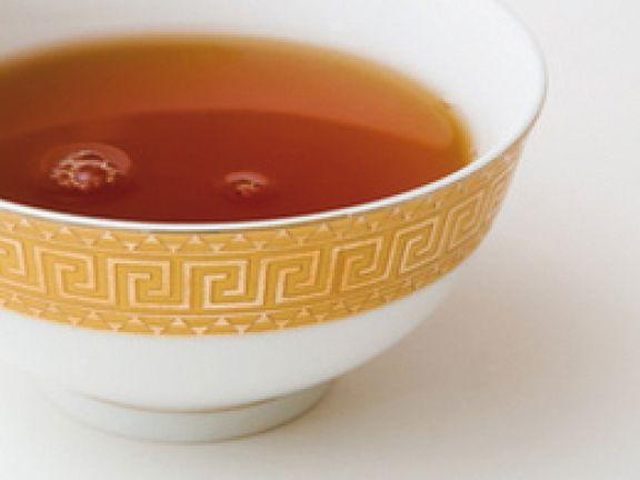 eine Tasse schwarzer Tee