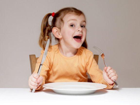 So wichtig sind warme Mahlzeiten für Kinder