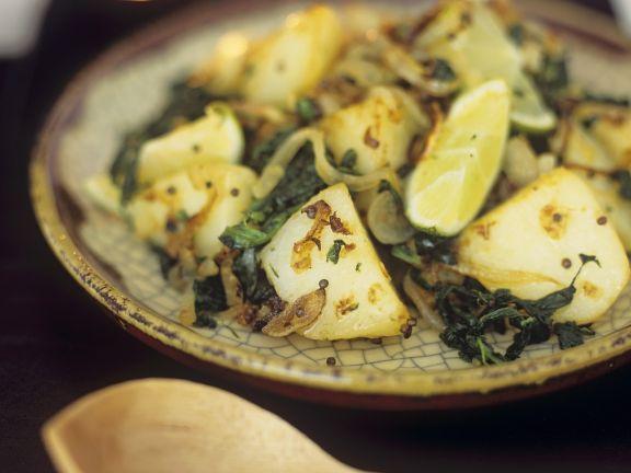 Indisches Kartoffel-Curry mit Spinat (Saag aloo)