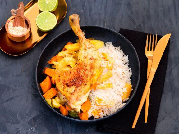 Indisches Ofen-Hähnchen auf Kokos-Reis mit gebratener Ananas
