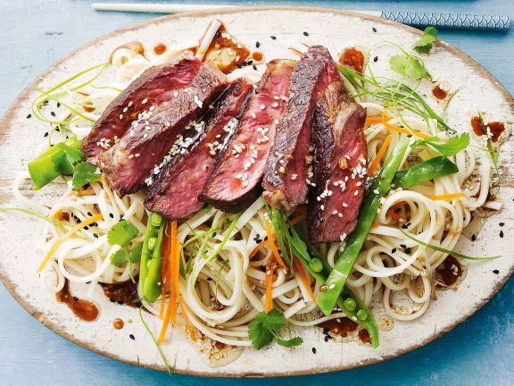 Ingwer-Rindfleisch mit Nudeln