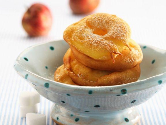 Italienische Apfelküchlein