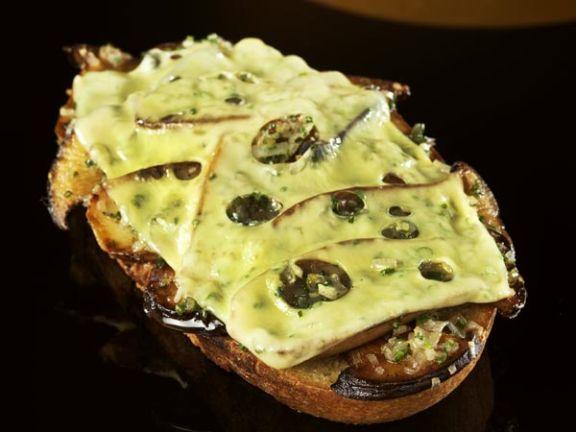 Jarlsberg Toast mit Pilzen