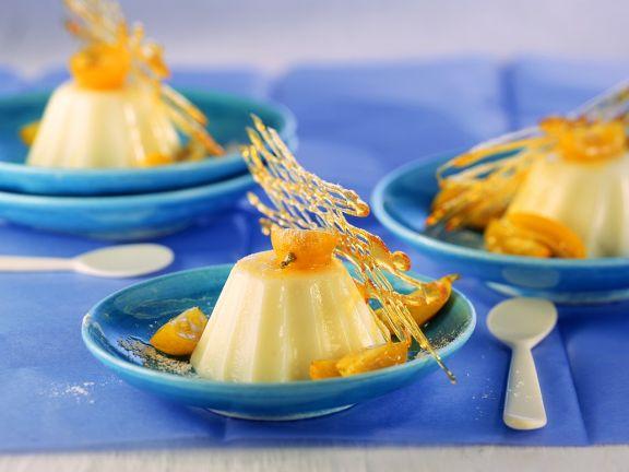 Joghurt-Panna-Cotta mit Kumquats