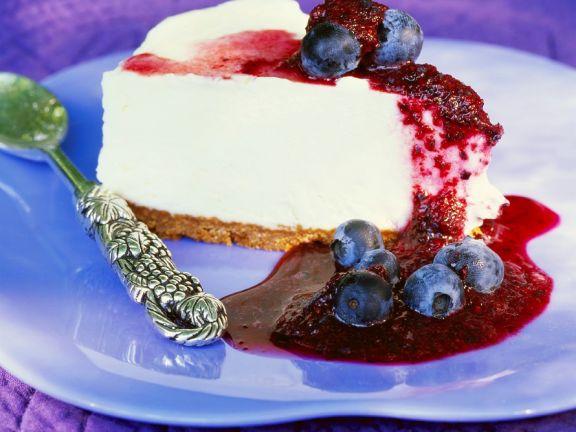 Joghurtcreme-Torte mit Heidelbeeren