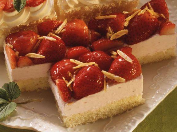 Joghurtschnittchen mit Erdbeeren