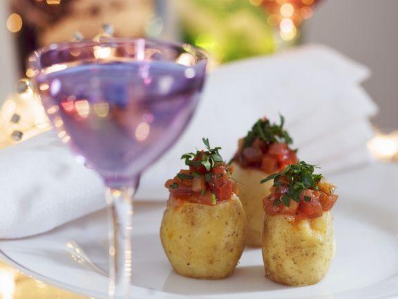 Junge Kartoffeln mit Füllung