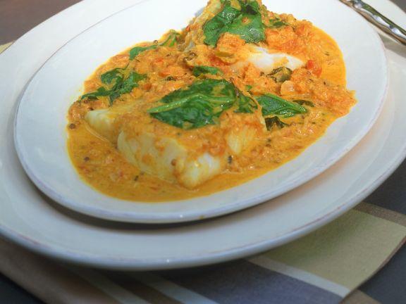 Kabeljau-Curry mit Spinat