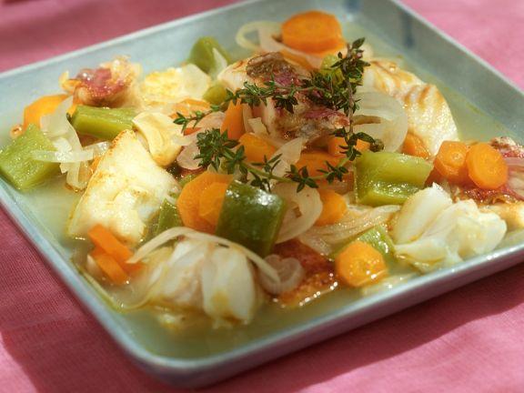 Kabeljau mit Gemüse in Essigmarinade
