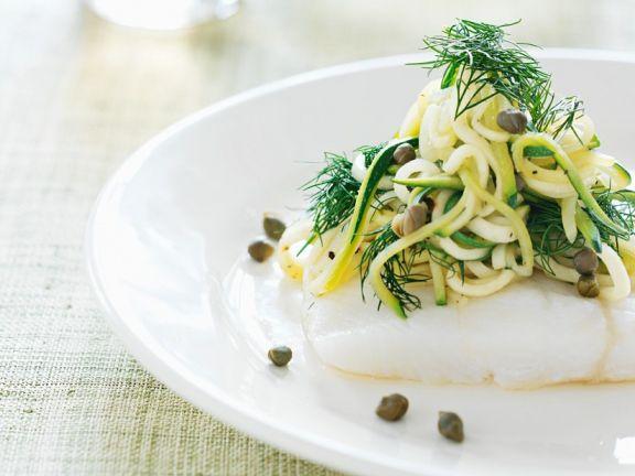 Kabeljau mit Zucchinipasta