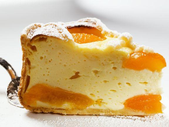 Käse-Aprikosenkuchen Rezept | EAT SMARTER