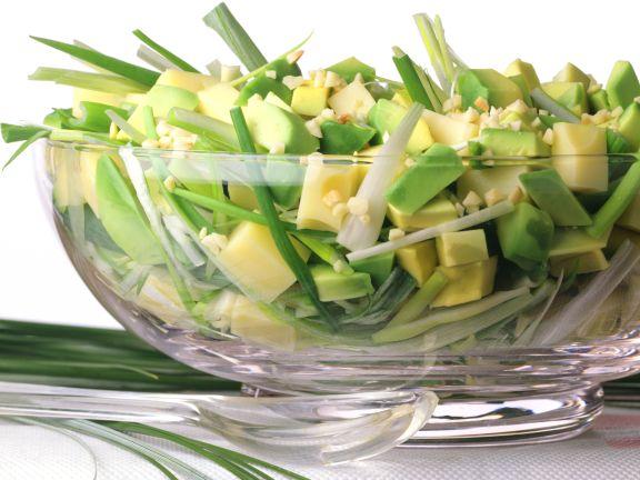 Käse-Avocado-Salat