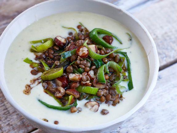 Käse-Lauch-Suppe mit Linsen