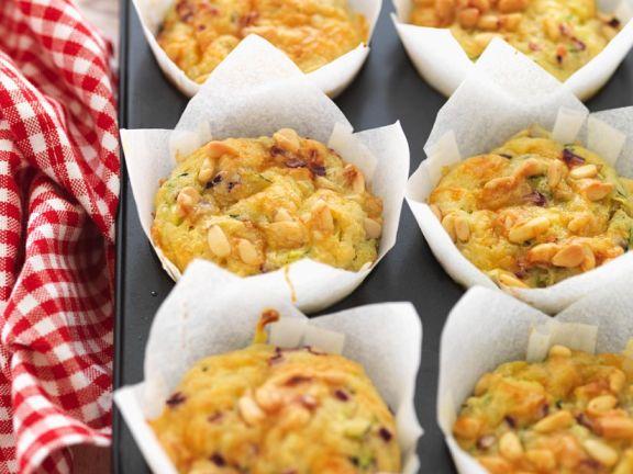 Käse-Muffins mit Zucchini