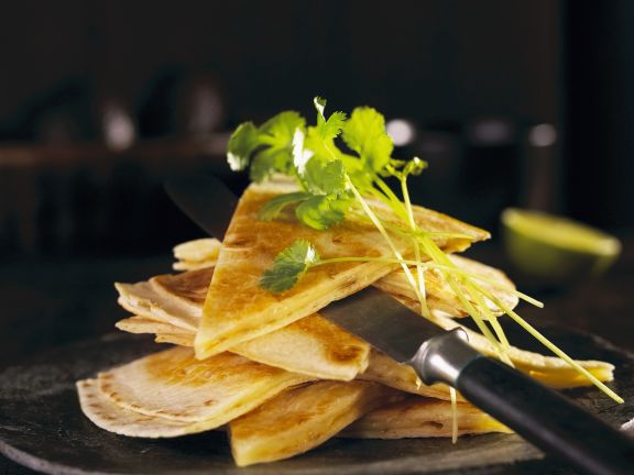 Käse-Tortillas (Quesadillas)