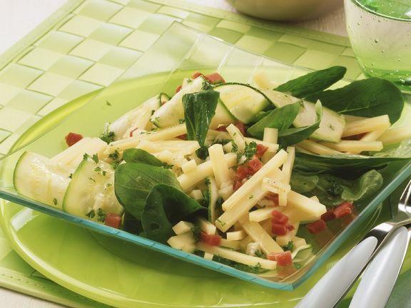 Käse-Zucchinisalat