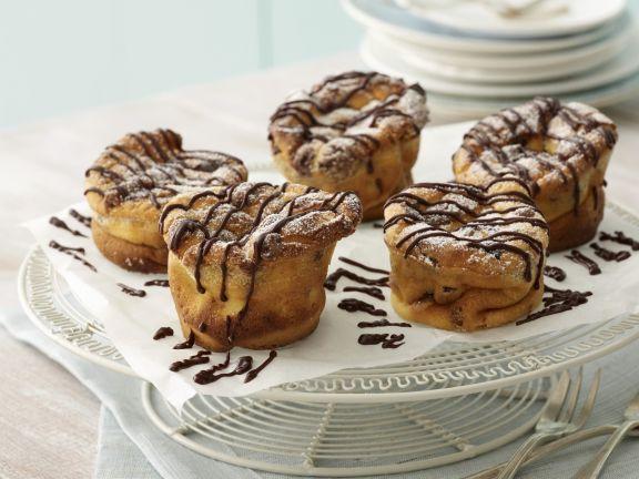 Käsekuchen-Muffins mit Schokostreifen