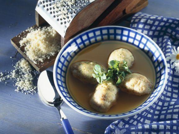 Käsenocken-Suppe