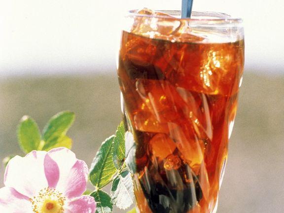 Kaffedrink mit Eiswürfeln