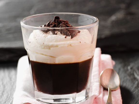 Kaffeegelee mit Sahne