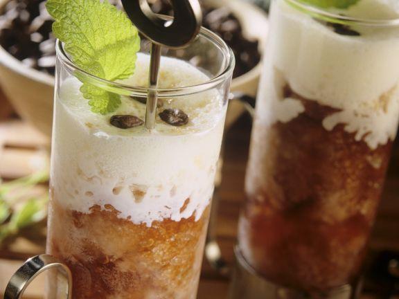 Kaffeegranite mit Vanillesahne