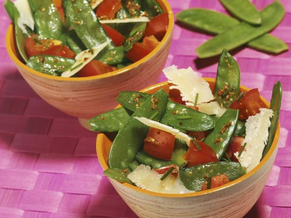 Kaiserschotensalat mit Parmesan