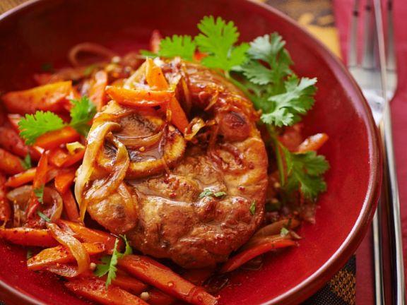 Kalb mit Gemüse aus der Tajine