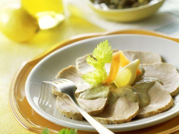 Kalbfleisch mit Thunfisch-Kapern-Sauce