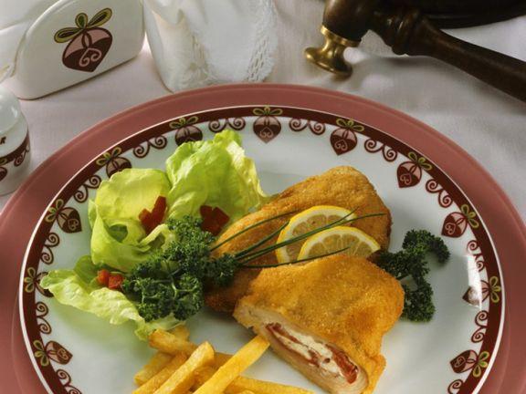 Kalbs-Cordon Bleu mit Tomate und Schafskäse