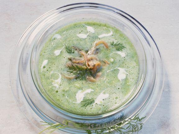 Kalte Gurkensuppe mit Graved Lachs