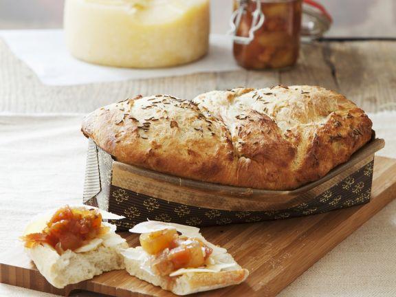Kartoffel-Apfel-Brot mit Kümmel