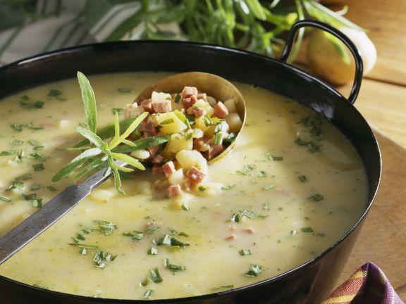 Kartoffel-Estragon-Suppe mit Schinken