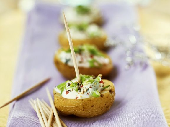 Kartoffel-Häppchen mit Sauerrahm