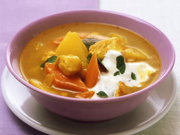 Kartoffel-Hühnchen-Suppe mit Curry