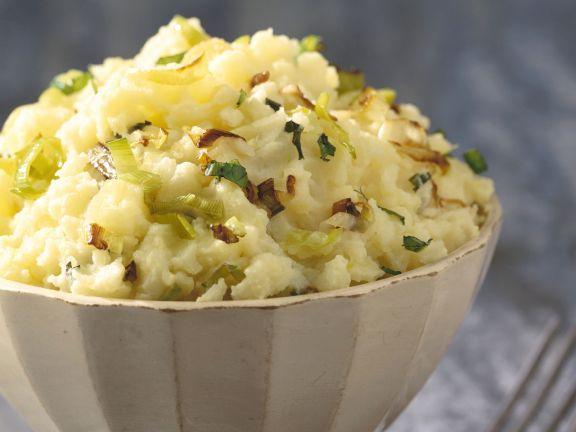 Kartoffel-Lauch-Püree mit Zwiebeln